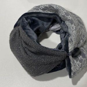 Schal Loop Unikat Knopf