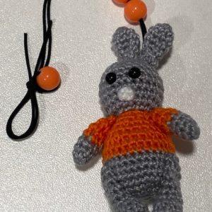 Hase Taschenbaumler Geschenk grau/orange